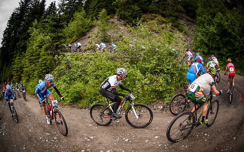 Summer-Mountain-Biking-and-Hiking-Lift-Opening-Dates-in-the-Alps