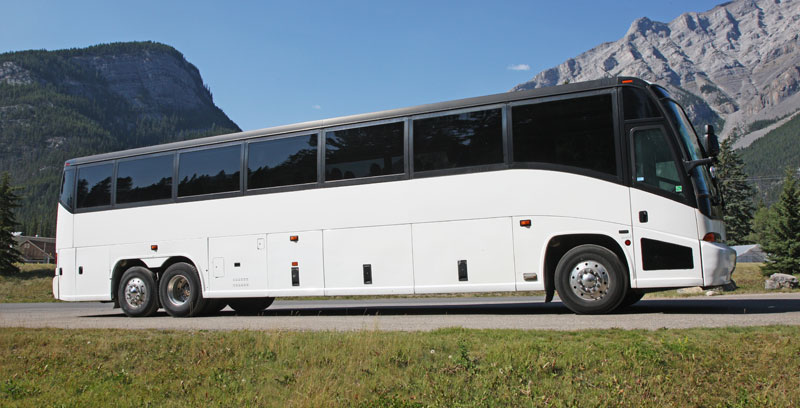 Val D'Isere Coach Airport Transfers to Geneva, Lyon, and Chambery Airports