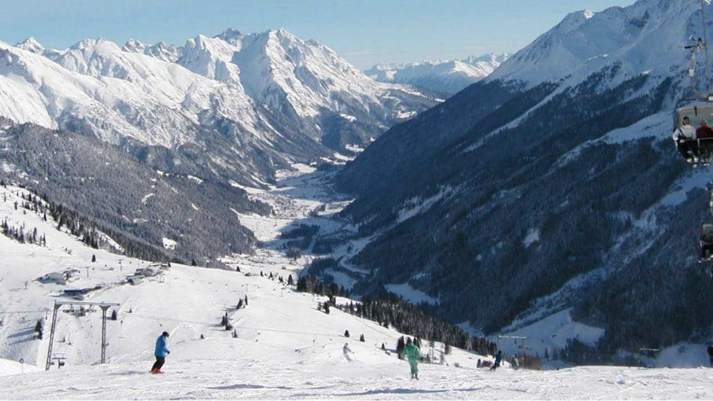 ski season dates austria