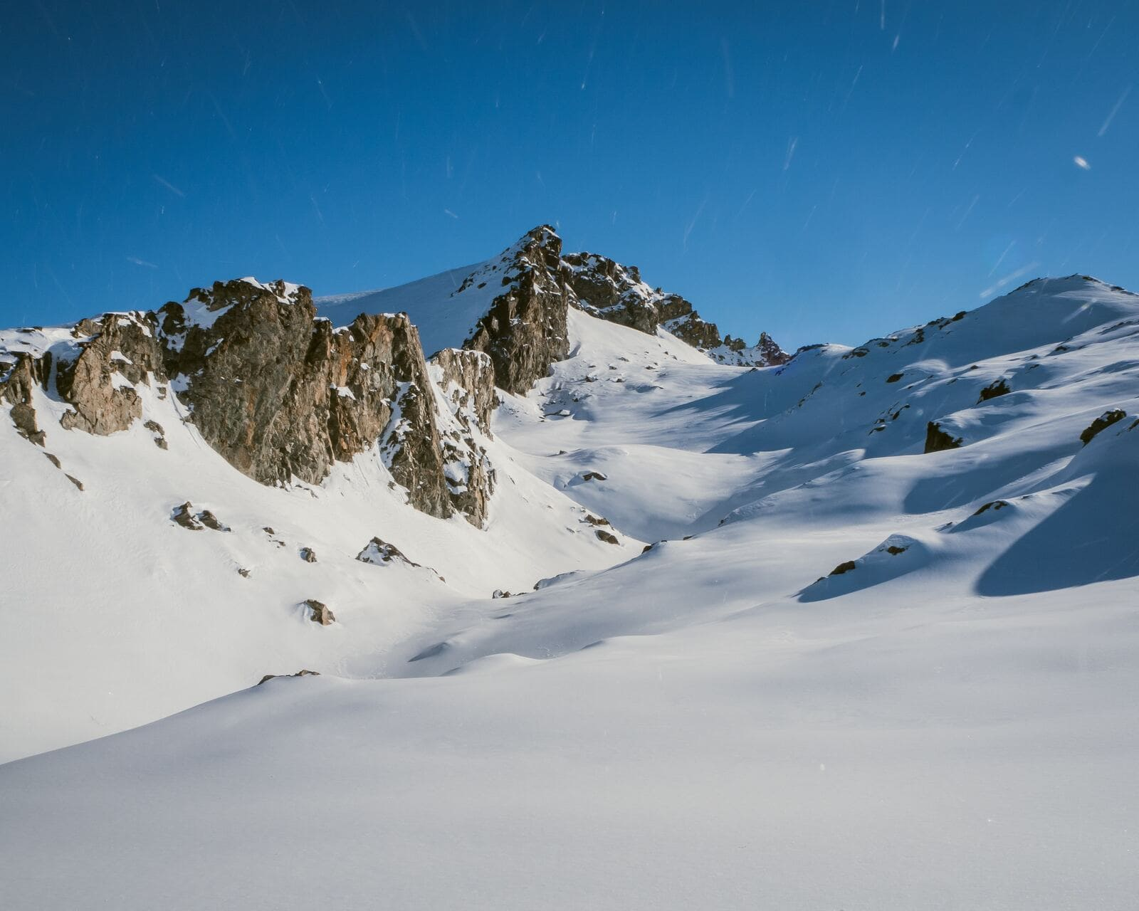 Les Deux Alpes, France - image used from Valentin Rechitean for Ski Lifts