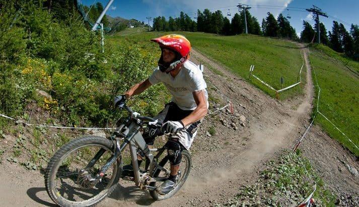 Mountain Biker Pila