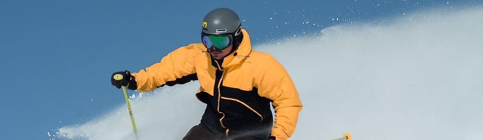Summer skiing - glacier skiing in les deux alpes